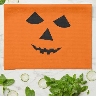 Visage orange mignon Halloween de citrouille de Serviette Éponge