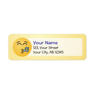 Visage siffleur avec les yeux de sourire étiquettes d'adresse retour