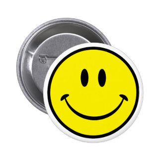 Visage souriant de bonheur pin's