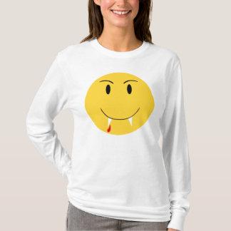 Visage souriant jaune avec la chemise de crocs de t-shirt