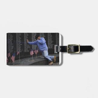 Visite du mur commémoratif du Vietnam, DC de Étiquette À Bagage