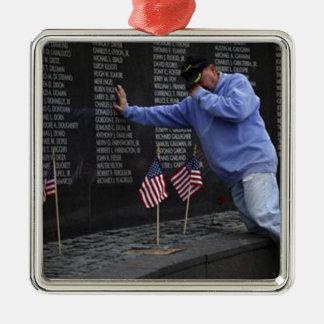 Visite du mur commémoratif du Vietnam, DC de Ornement Carré Argenté