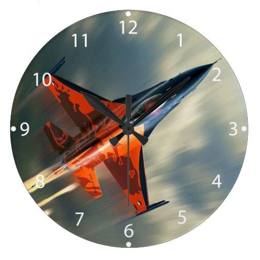 vitesse militaire d 39 avion d 39 avion de chasse grande horloge ronde zazzle. Black Bedroom Furniture Sets. Home Design Ideas