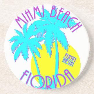Vitesse rose et bleue de logo de Miami Beach la Dessous De Verre En Grès