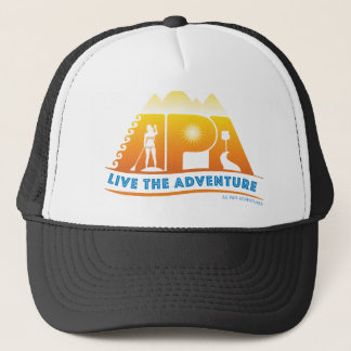Vivent le casquette de coutume d'aventure
