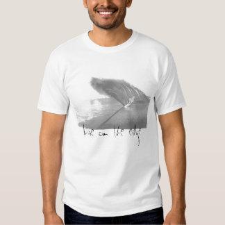 Vivez sur le bord t-shirts