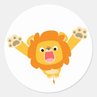 Voici venir l'autocollant de problème (lion mignon sticker rond