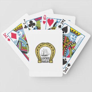 voiles chanceuses dans l'océan jeu de cartes