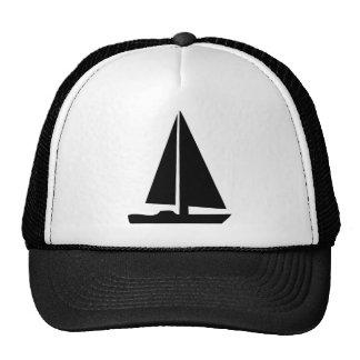 voilier - bateau à voile casquette de camionneur
