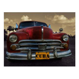 Voiture américaine classique dans Vinales, Cuba Carte Postale