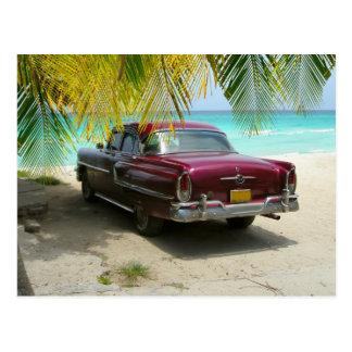 Voiture ancienne en plage du Cuba Carte Postale