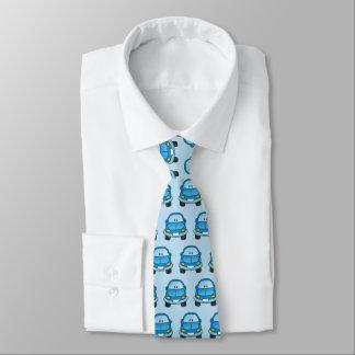 Voiture bleue de bande dessinée cravate