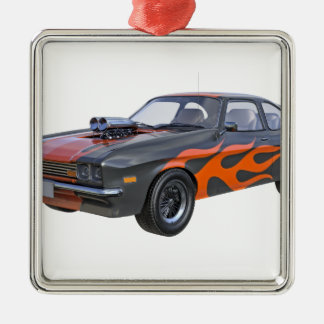 voiture de muscle des années 1970 avec la flamme ornement carré argenté