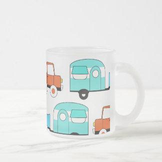 Voiture vintage orange de rétro de camping turquoi mugs à café