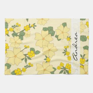 Votre nom - fleurs, fleurs, fleurs - jaune serviette éponge