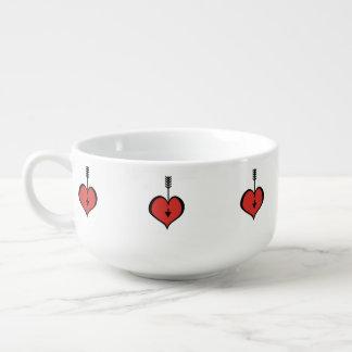 Vous aimant tasse rouge de soupe à coeur