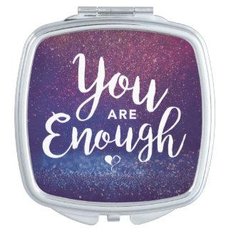 Vous êtes assez de miroir compact
