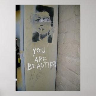 Vous êtes belle affiche de graffiti posters