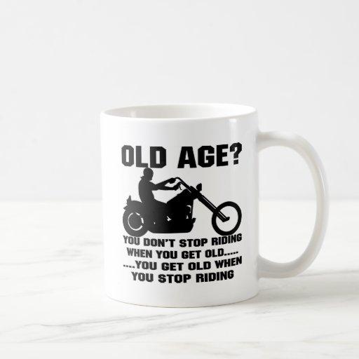 Vous ne cessez pas de monter quand vous vieillisse mugs à café