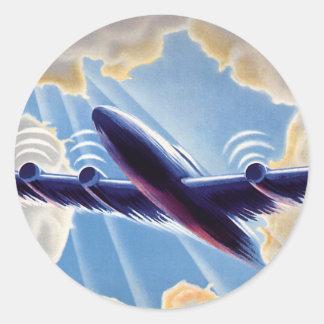 Voyage vintage, vol d'avion en nuages en ciel sticker rond