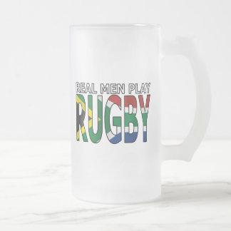 Vrai rugby Afrique du Sud de jeu d'hommes Chope Givrée