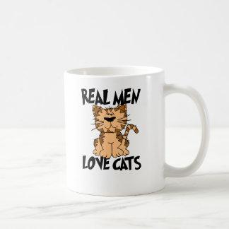 Vrais chats d'amour d'hommes mug