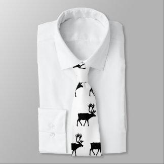 Vrais cravate modelée d'amour d'hommes par