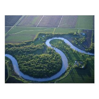 Vue aérienne de la rivière rouge du nord carte postale