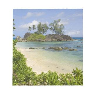 Vue côtière sur l'île de Mahe Blocs Notes