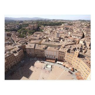 Vue courbe du paysage urbain, Sienne, Italie Carte Postale