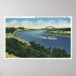 Vue de canal de Cape Cod de pont de Sagamore Poster