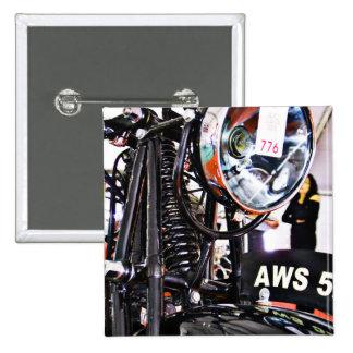 Vue de face de moto de cru d'AWS 5. Badges