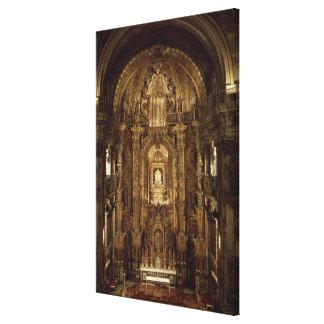 Vue de la chapelle et du haut autel toiles