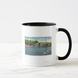 Vue de plage et de pavillon intermédiaires de parc mug