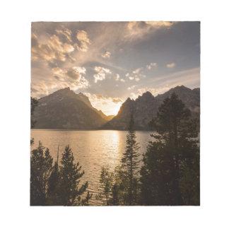 Vue d'or de lac jenny bloc-note
