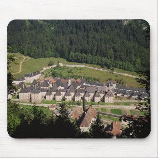 Vue du complexe de monastère tapis de souris