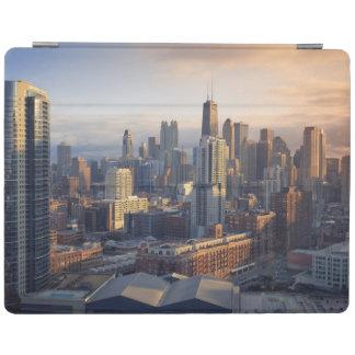 Vue du paysage urbain avec la lumière fantastique protection iPad