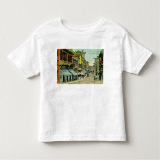 Vue d'une rue de Chinatown T-shirt Pour Les Tous Petits