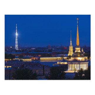 Vue élevée de la tour de télévision carte postale