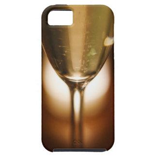Vue en gros plan de verre de champagne étuis iPhone 5