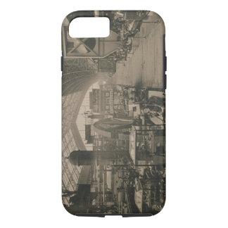 """Vue intérieure du hall de machines, de """"L'Album Coque iPhone 7"""