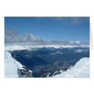 Vue magnifique de sommet de montagne carte de vœux