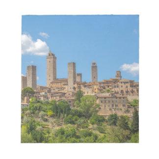 Vue panoramique de San Gimignano Toscane Italie Bloc-note