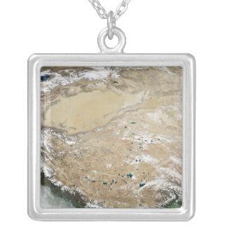 Vue satellite du plateau tibétain pendentif carré