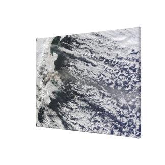Vue satellite d'une plume de cendre toiles