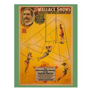 Wallace montre l'affiche de rotation triple de cartes postales