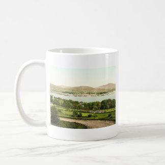 Warrenpoint vintage I, comté vers le bas Mug