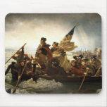 Washington croisant le Delaware - 1851 Tapis De Souris