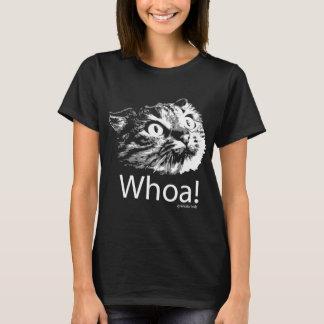 Watchout mes types.  La voici qui vient T-shirt