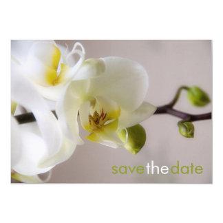 Weiße Orchidee • Faites gagner la date Karte Carton D'invitation 12,7 Cm X 17,78 Cm